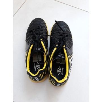 Halówki obuwie sportowe UMBRO MEDUSAE II CLUB IC