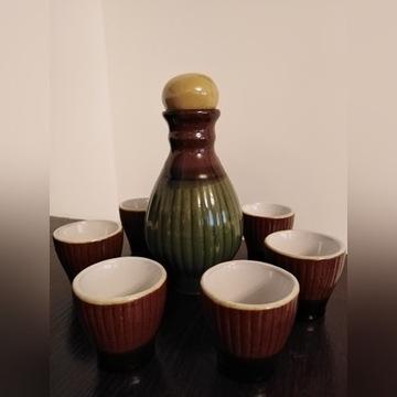 Zestaw do nalewek ,karafka i kieliszki porcelit