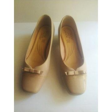 beżowe pantofle Lasocki 37 skóra naturalna