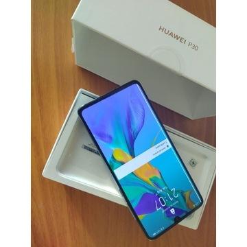 Huawei P30 uszkodzony, włącza się