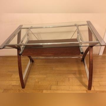 Szklany stolik pod komputer.