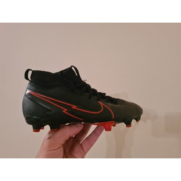 Lanki korki piłkarskie Nike Mercurial Superfly 7