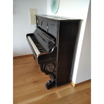 Pianino C. Wetzel Neustettin