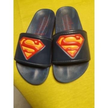 Klapki Supermena r. 28