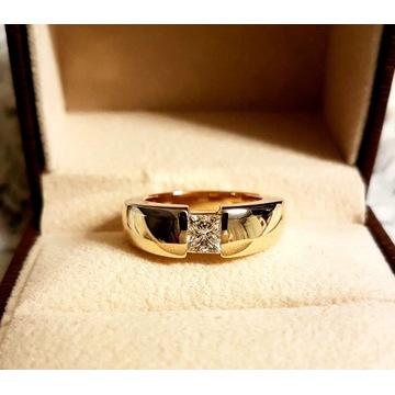 Pierścionek Złoto 13,8 g z Diamentem 0,8 ct MASY