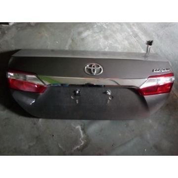 Klapa bagażnika Toyota Corolla