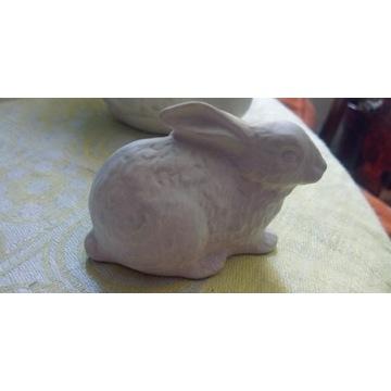 Goebel biskwitowy bialy krolik porcelanowy st bdb