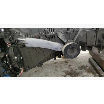 Przewód klimatyzacji schowka audi A4/Q5