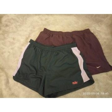 Krótkie spodenki damskie Nike Dri-Fit  dwupak
