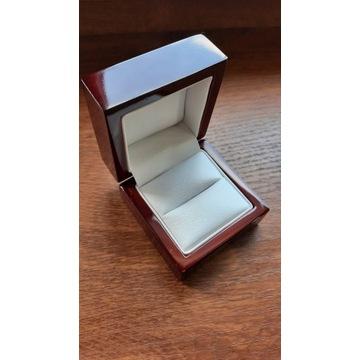 Pudełeczko na obrączkę, pierścionek lakierowane