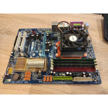 GA-M57SLI-S4 / PHENOM II X3 720BE / 3GB DDR2 6400