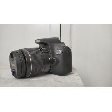 Aparat Canon EOS 2000D czarny + obiektyw 18-55mm