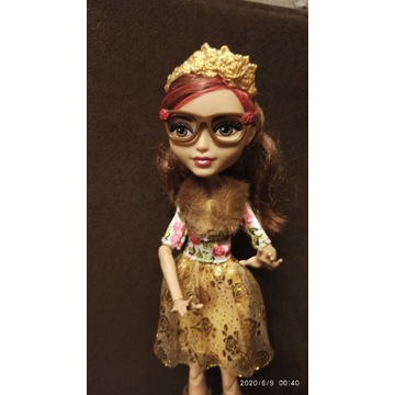 Ever After High Rosabella Beauty basic