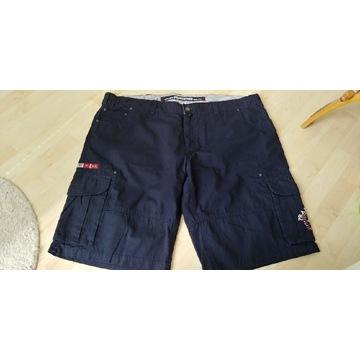 Krótkie spodnie , nowe , 3 pary