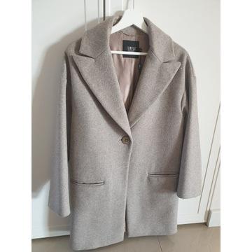Płaszcz marki Simple