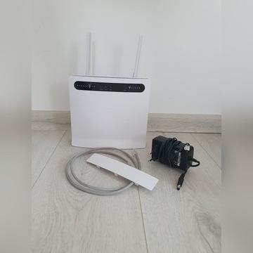 Modem LTE Huawei B593s-12 + 2 anteny 9 dBi W409