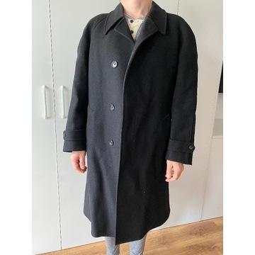 Męski czarny elegancki płaszcz wiosna jesień
