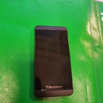 Blackberry Z10 uszkodzony na części