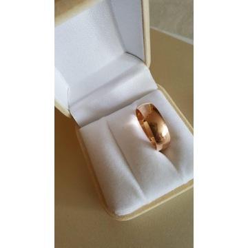 Złota obrączka 23 pr.585 waga 5,25g