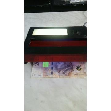 Detektor banknotów