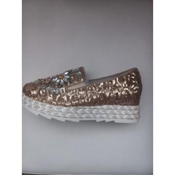Sneakersy damskie , buty z cekinami ,włoskie buty