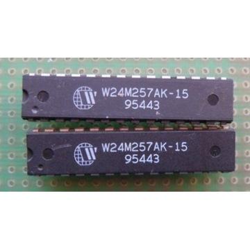 W24M257 => 32k x8-Bit 15ns High Speed SRAM 256k