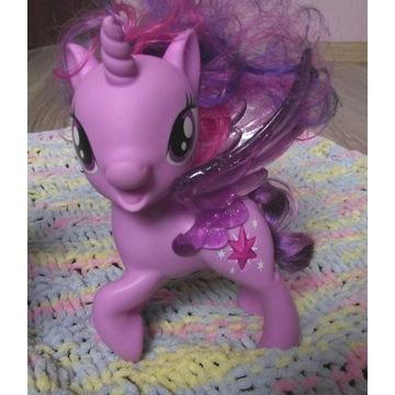 TWILIGHT  interaktywna figurka My Little Pony.