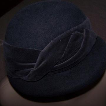 PORTHOS - nowy, uroczy kapelusik, Fur Rabbit - 57