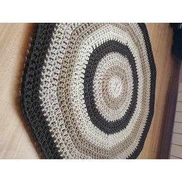 Dywanik handmade 95 cm