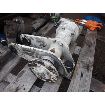 Silnik hydrauliczny jazdy z wachaczem