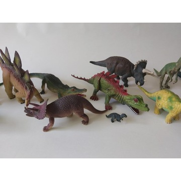 Figurki dinozaurów 15 szt.