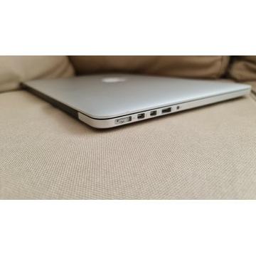 MacBook Pro 15 2,2 i7 16 GB 256 SSD 2015