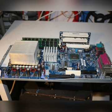 Płyta gł. IBM ThinkCentre + CPU P4 2.26 + 1GB RAM