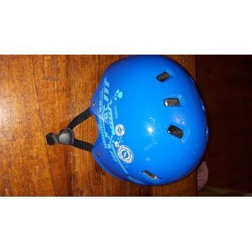 Młodzieżowy kask rowerowy/deskorolkowy