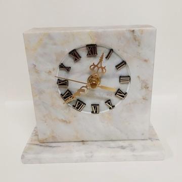 Zegar z kamienia ozdobny , kominkowy