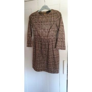 Sukienka w kratę Mohito