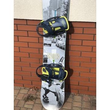 Deska snowboardowa BURTON Joystick 154cm