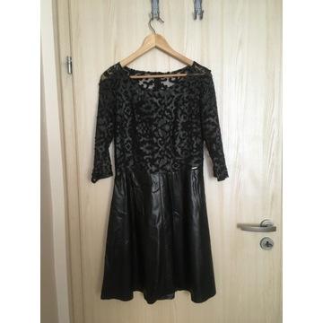Czarna sukienka eco skóra r. M