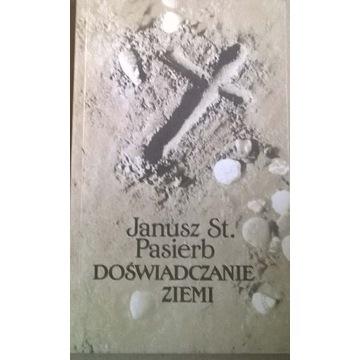 Ksiądz Janusz Pasierb Doświadczanie ziemi