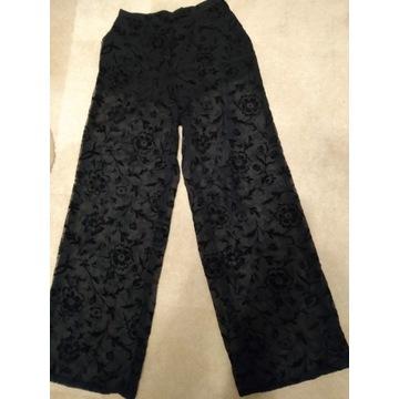Długie spodnie ażurowe czerń