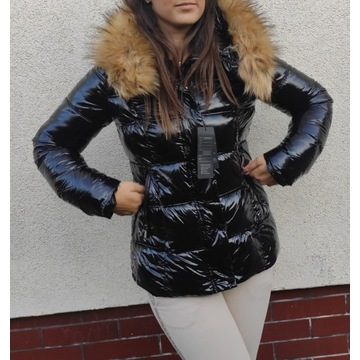 Kurtka zimowa damska lakierowana czarna futerko