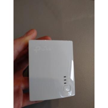 Transmiter sieciowy TP-LINK AV600 TL-WPA4220, 600m