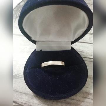 Obrączka pierścionek  złoto próba 333