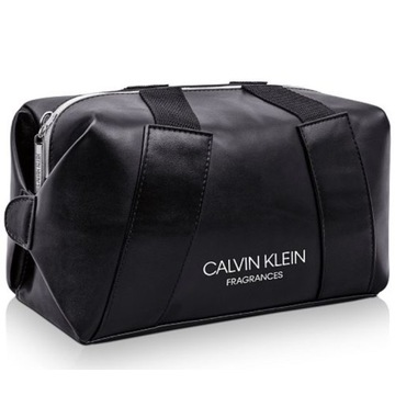 kosmetyczka Calvin Klein na wyjazdy