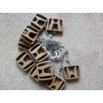 Drewniany brelok do kluczy z logo HONDA