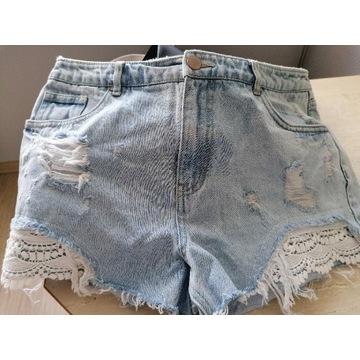 Krótkie spodenki jeans roz. L/XL