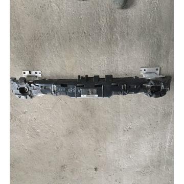 Belka zderzaka przód + absorber pianka a3 8V0 lift