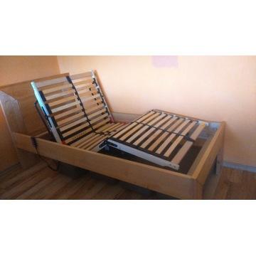 Łóżko drewniane sterowane pilotem