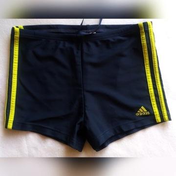 Spodenki sportowe Adidas S  unisex