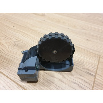 iRobot Roomba - koło lewe stan bdb (7)
